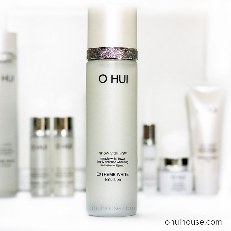 Sữa Dưỡng Trắng Ohui Extreme White Emulsion